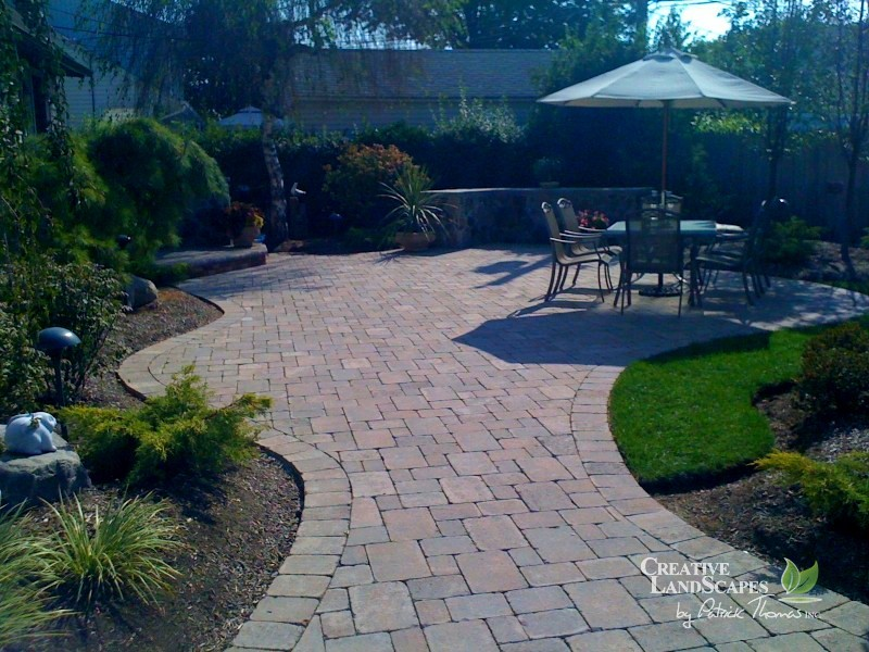 Paver patio creative landscapes - Paver designs for backyard ...
